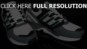 adidas turnschuhe sport logo grau weiß