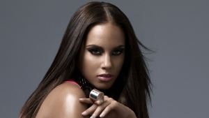 alicia keys make-up mädchen ring metall