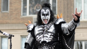 guitarist kiss gene simmons