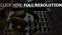 kopfhörer musik installation