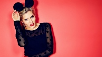 foto-shooting blonde sänger mollie king