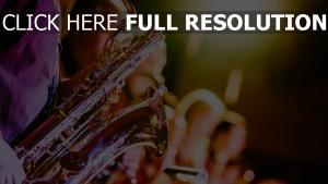 verschwommen saxophon musikinstrument