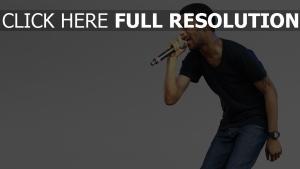 kid cudi mikrofon sänger rapper
