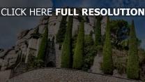 berg steine struktur bäume katalonien