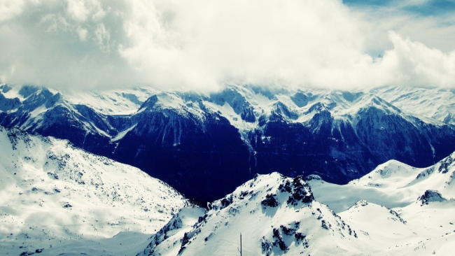 hd hintergrundbilder felsen gebirge schnee wolken hoch