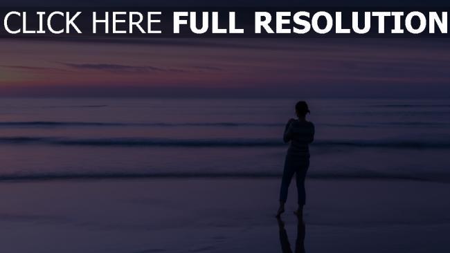 hd hintergrundbilder strand wellen meer himmel horizont mädchen abend