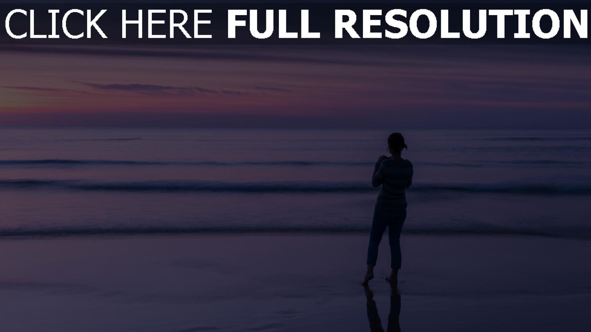 hd hintergrundbilder strand wellen meer himmel horizont mädchen abend 1920x1080