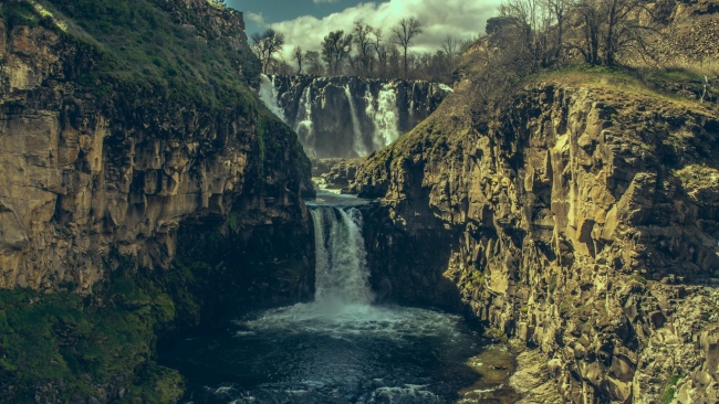 hd hintergrundbilder steine wasserfall abgrund schatten