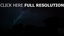 blitz nacht bewölkt gewitter wolken