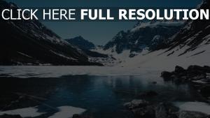 schnee eis berg see