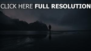 menschen ozean spaziergang strand berg einsamkeit