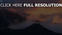 himmel sonnenuntergang bäume berge nebel