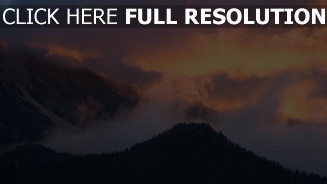 hd hintergrundbilder himmel sonnenuntergang bäume berge nebel