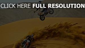 wüste rennsport motorrad springen trick