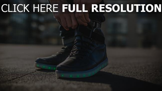 hd hintergrundbilder schuhe turnschuhe füße hintergrundbeleuchtung