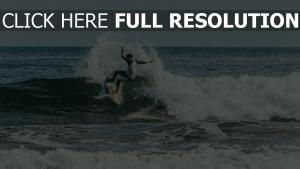 surfen trick welle surfer