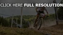 radfahrer sportler fahrrad rennen