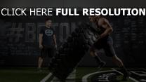 kraft crossfit sportler reifen muskel