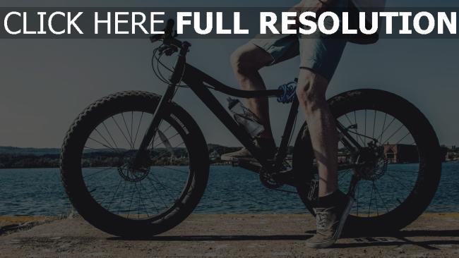 hd hintergrundbilder fahrrad beine radfahrer fluss