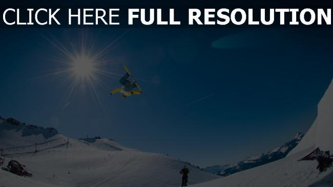hd hintergrundbilder berg schnee snowboarder steigung snowboarden