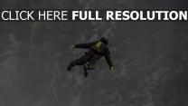 himmel fallschirmspringen base jumping