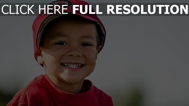hd hintergrundbilder junge kappe little league baseball lächeln