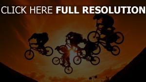 sonnenuntergang sonne himmel radfahrer