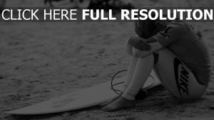nike sport mädel surfer schwarz-weiß surfen