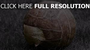 fußball ball zackig alt
