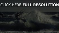 meer sportler kite-surfen welle