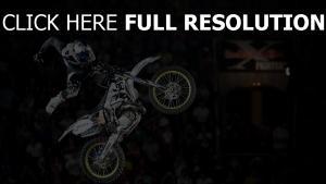 sportbeik stunt motorradfahrer sprung