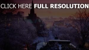 stadt häuser bäume winter schnee
