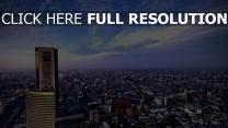 stadt großstadt hochhäuser himmel berg
