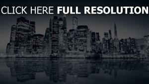 über nacht new york manhattan wolkenkratzer wasser