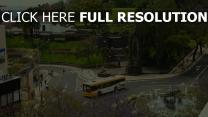 straße stadt bus autos menschen bäume