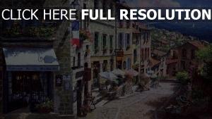 frankreich segelboote straße regenschirme blumen meer stadt malerei restaurant