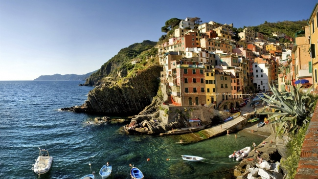 hd hintergrundbilder strand häuser boote italien