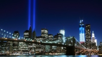 new york city east river usa fluss wolkenkratzer manhattan nyc brooklyn brücke nacht
