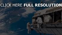 schiffstation astronauten erde planet
